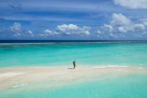 Ilha local Maldivas - Dhigurah - banco de areia